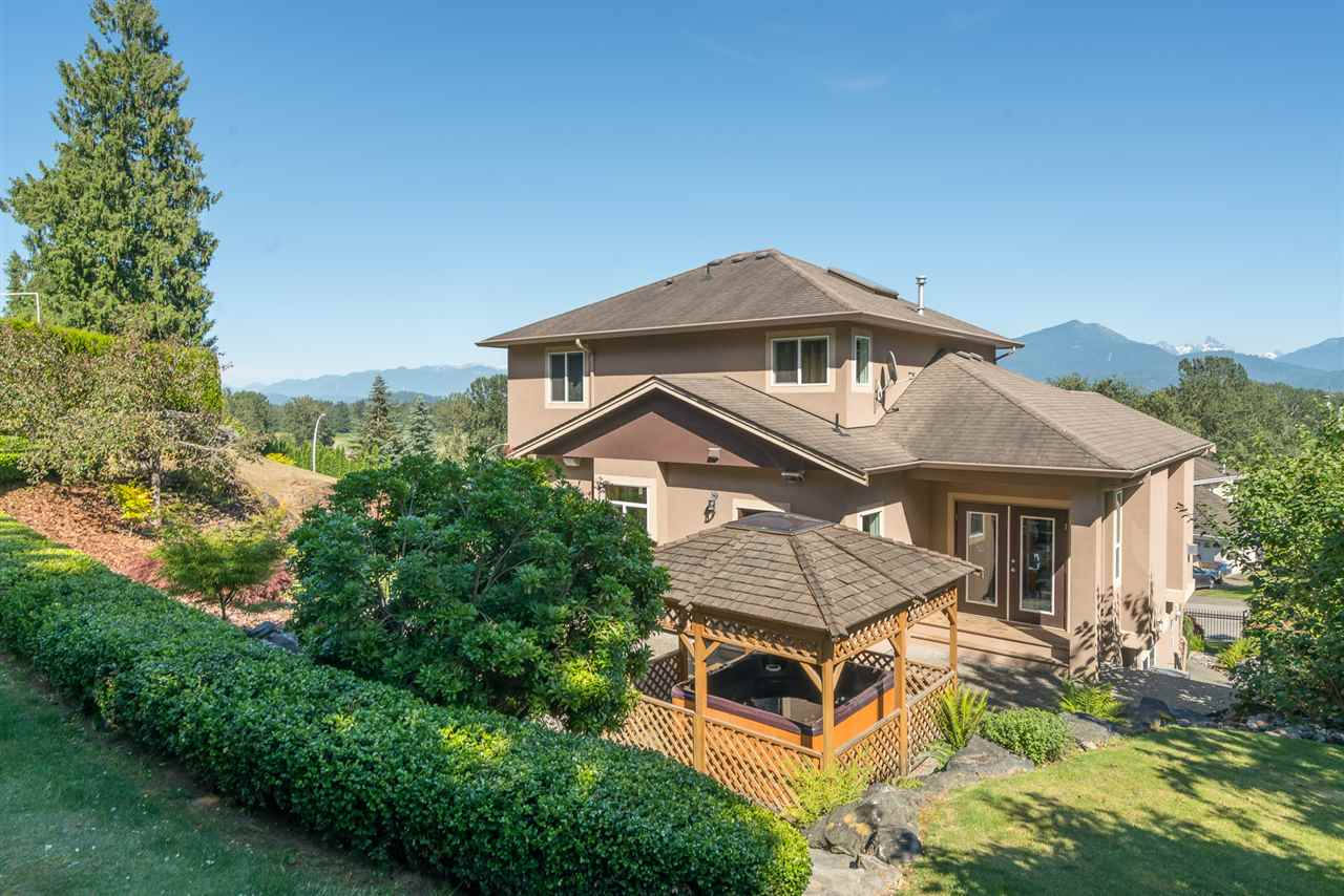 Detached at 8675 SUNBURST PLACE, Chilliwack, British Columbia. Image 6