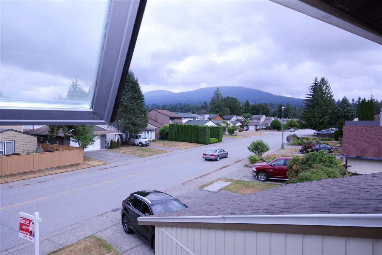 Detached at 3202 DUNKIRK AVENUE, Coquitlam, British Columbia. Image 15