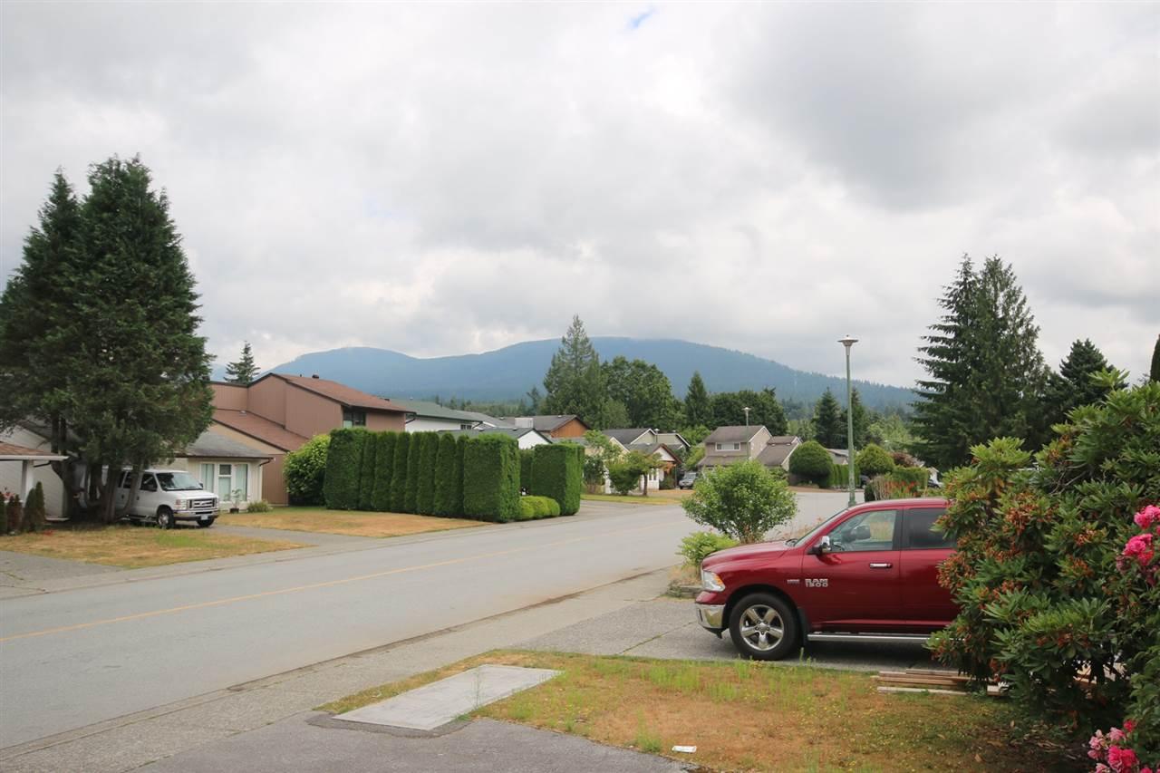 Detached at 3202 DUNKIRK AVENUE, Coquitlam, British Columbia. Image 19