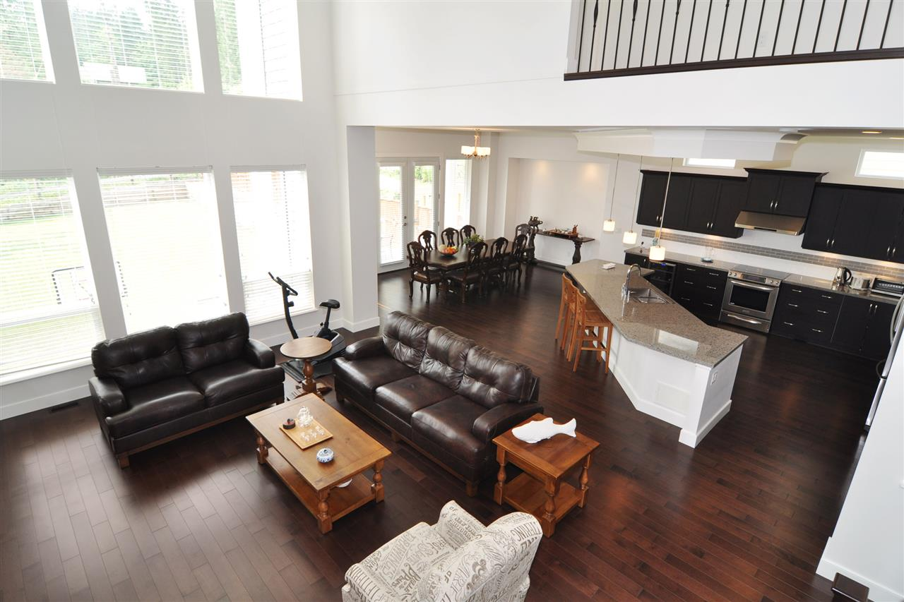 Detached at 1346 KINGSTON STREET, Coquitlam, British Columbia. Image 4