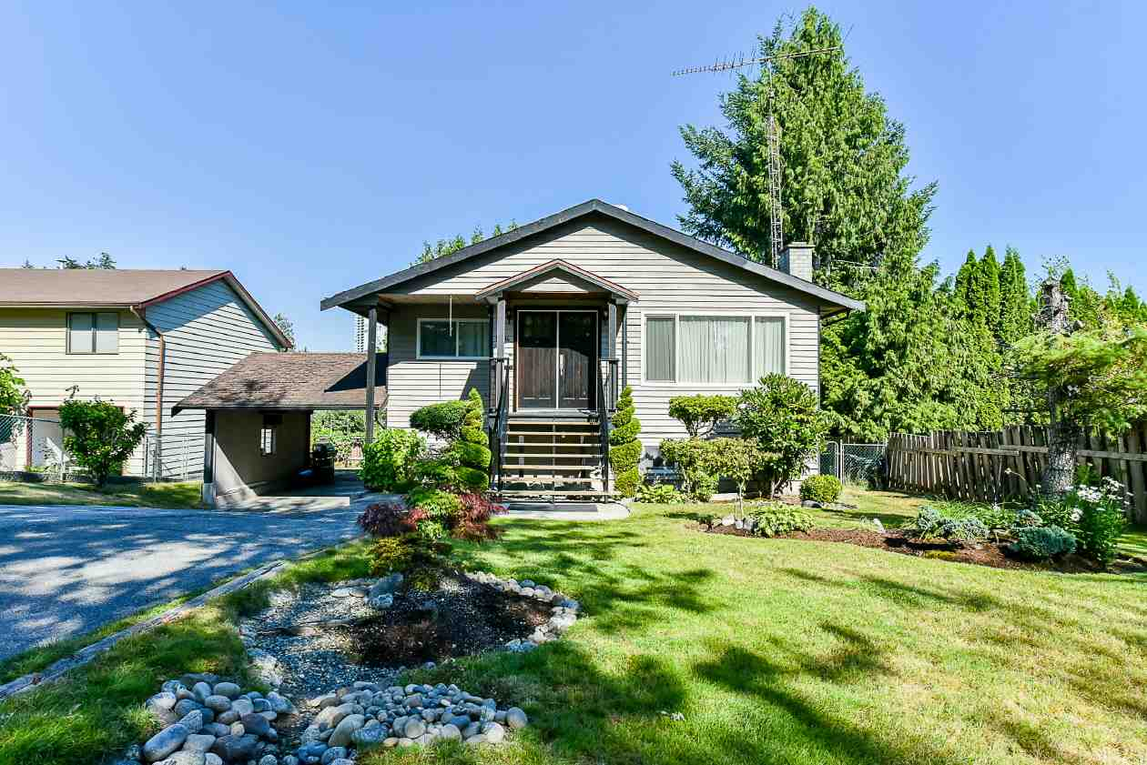 Detached at 9894 133 STREET, North Surrey, British Columbia. Image 1