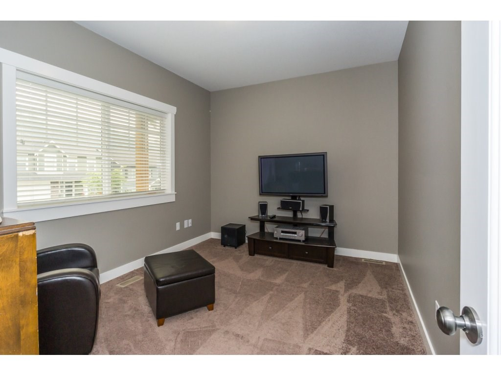 Detached at 51113 SOPHIE CRESCENT, Chilliwack, British Columbia. Image 11