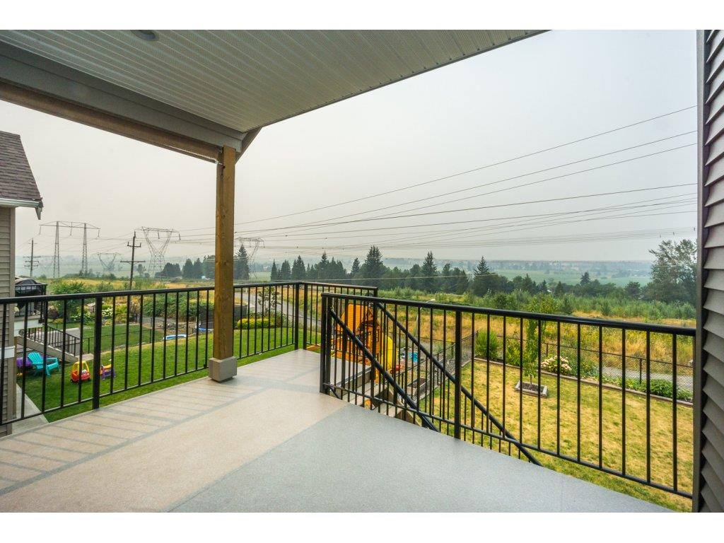 Detached at 51113 SOPHIE CRESCENT, Chilliwack, British Columbia. Image 18