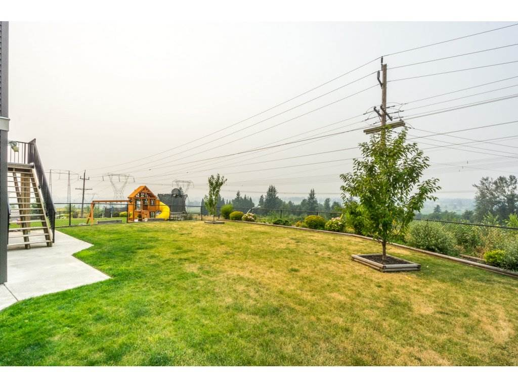 Detached at 51113 SOPHIE CRESCENT, Chilliwack, British Columbia. Image 20