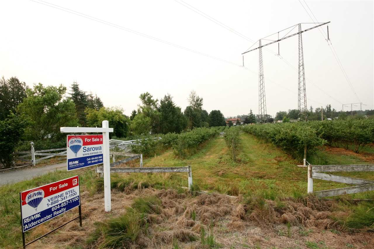 Detached at 28948 SIMPSON ROAD, Abbotsford, British Columbia. Image 3