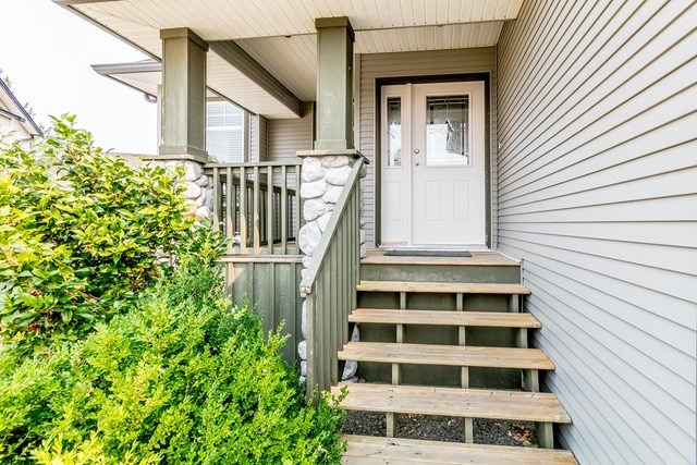 Detached at 3628 HERITAGE DRIVE, Abbotsford, British Columbia. Image 3