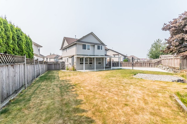 Detached at 3628 HERITAGE DRIVE, Abbotsford, British Columbia. Image 19