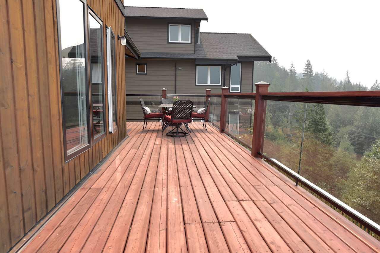 Detached at 41185 ROCKRIDGE PLACE, Squamish, British Columbia. Image 3