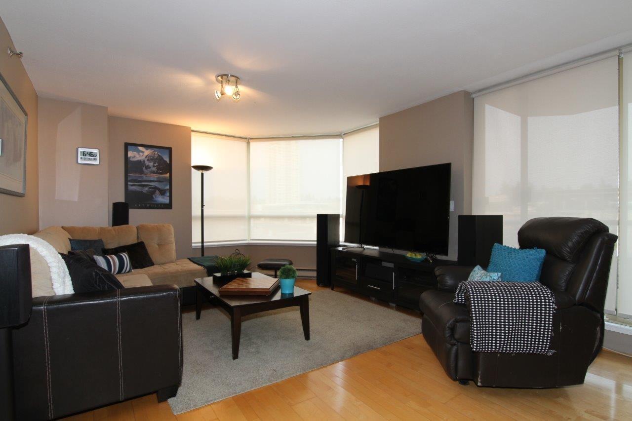 Condo Apartment at 502 728 FARROW STREET, Unit 502, Coquitlam, British Columbia. Image 2