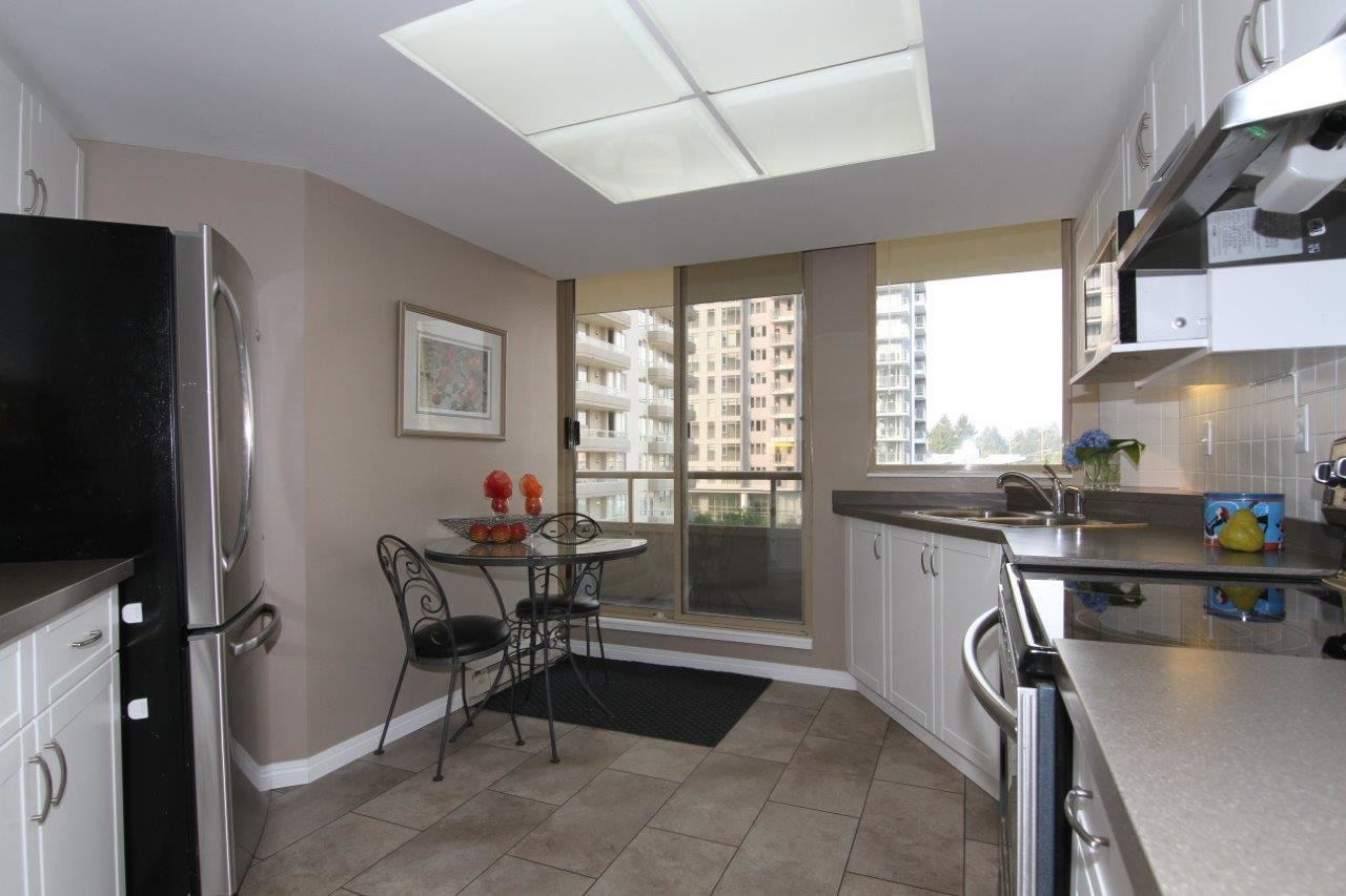 Condo Apartment at 502 728 FARROW STREET, Unit 502, Coquitlam, British Columbia. Image 3