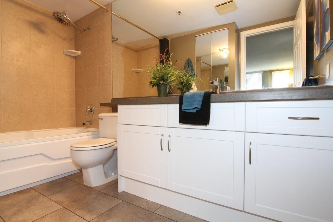 Condo Apartment at 502 728 FARROW STREET, Unit 502, Coquitlam, British Columbia. Image 9