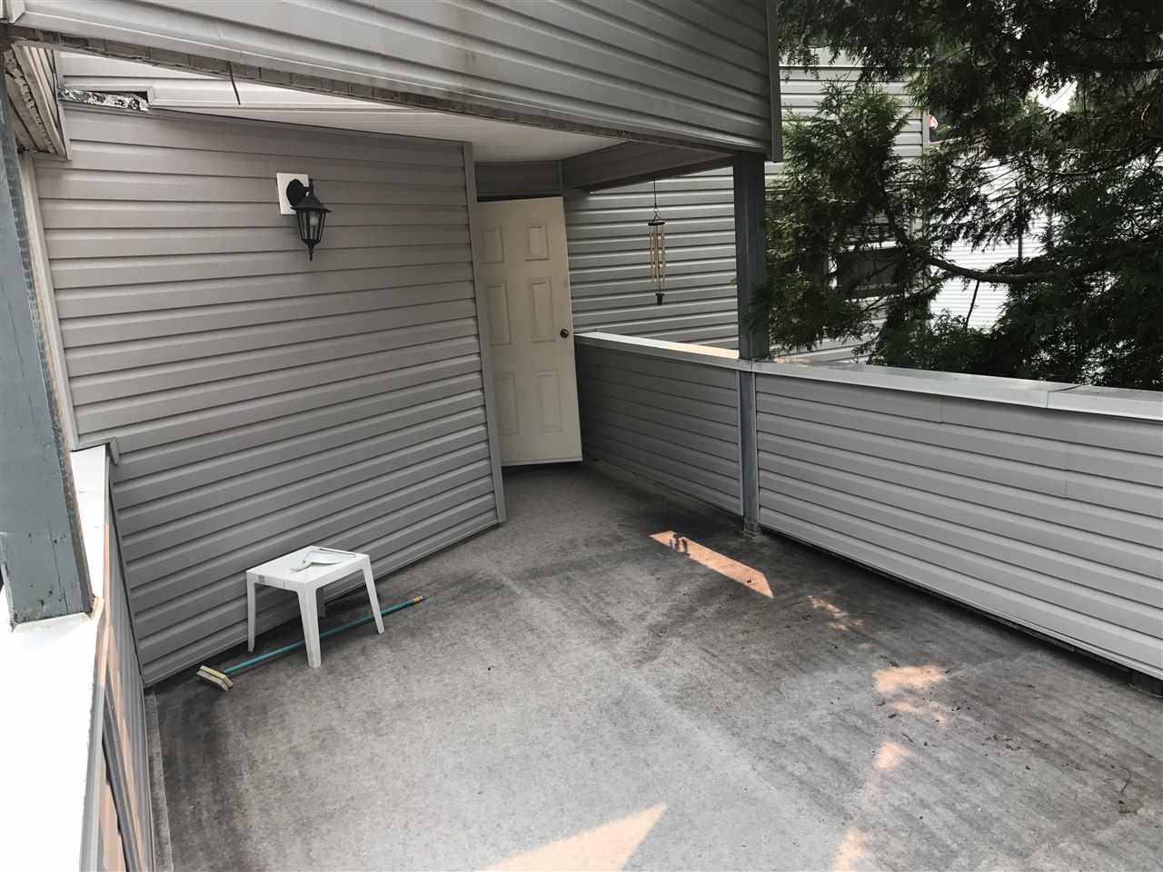 Townhouse at 27 2986 COAST MERIDIAN ROAD, Unit 27, Port Coquitlam, British Columbia. Image 10