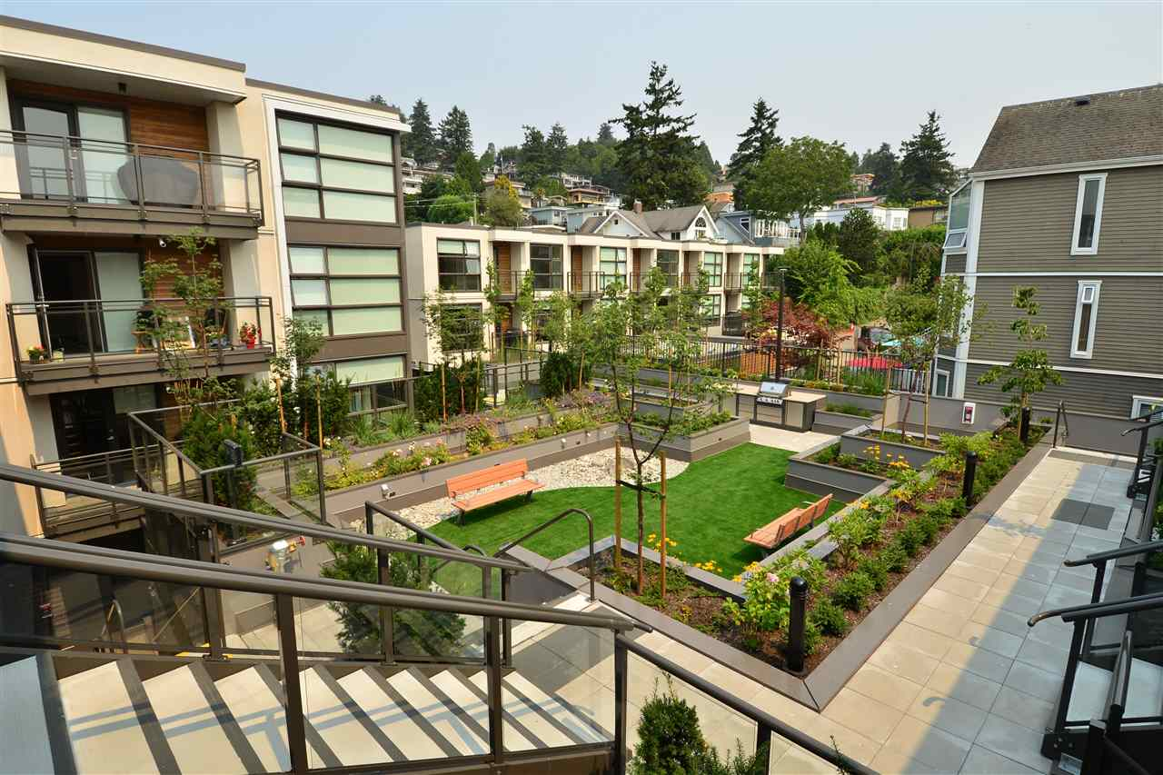 Condo Apartment at 203 1160 OXFORD STREET, Unit 203, South Surrey White Rock, British Columbia. Image 10