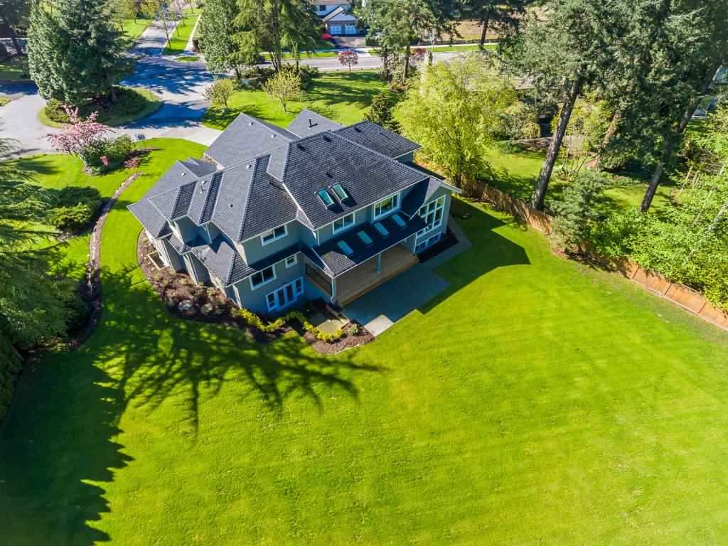 Detached at 14189 25A AVENUE, South Surrey White Rock, British Columbia. Image 2