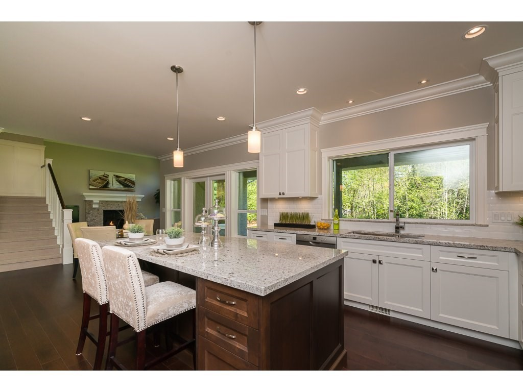 Detached at 14189 25A AVENUE, South Surrey White Rock, British Columbia. Image 11
