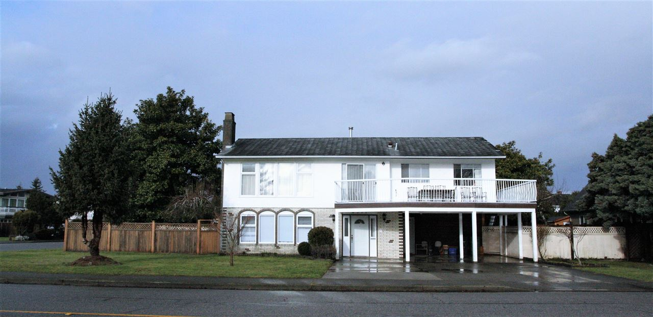 Detached at 8571 SAUNDERS ROAD, Richmond, British Columbia. Image 1