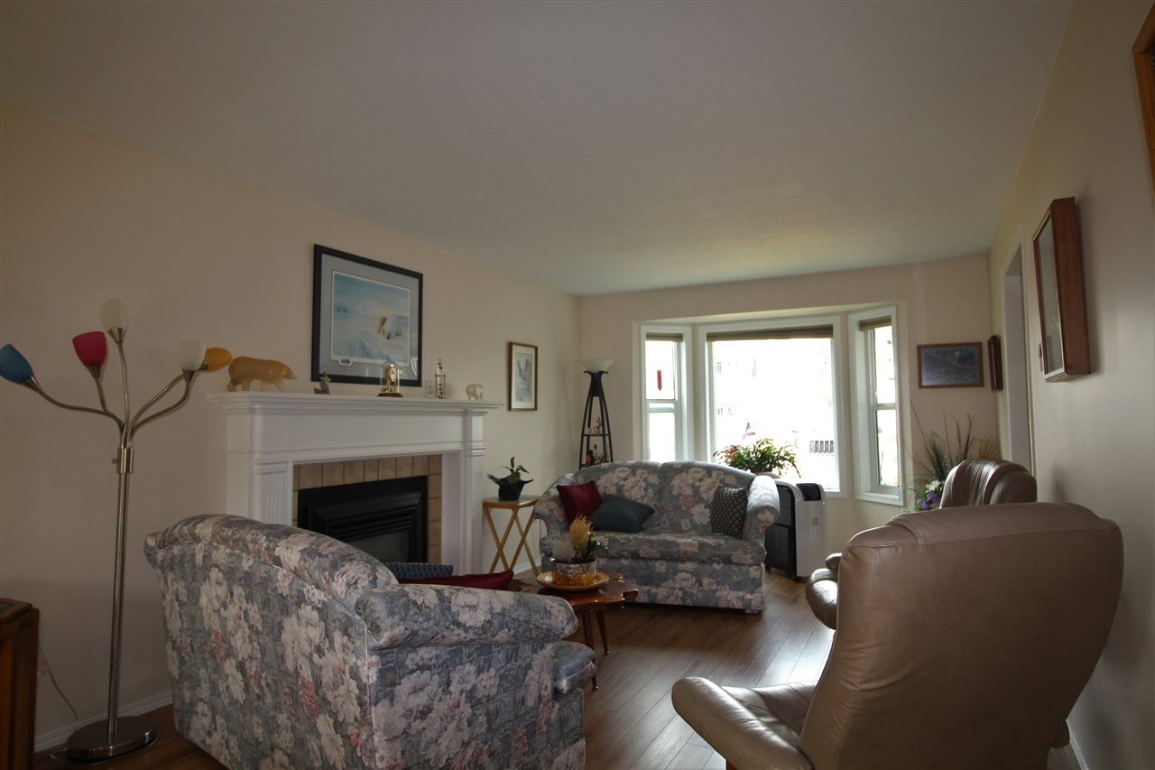 Townhouse at 9A 46354 BROOKS AVENUE, Unit 9A, Chilliwack, British Columbia. Image 3