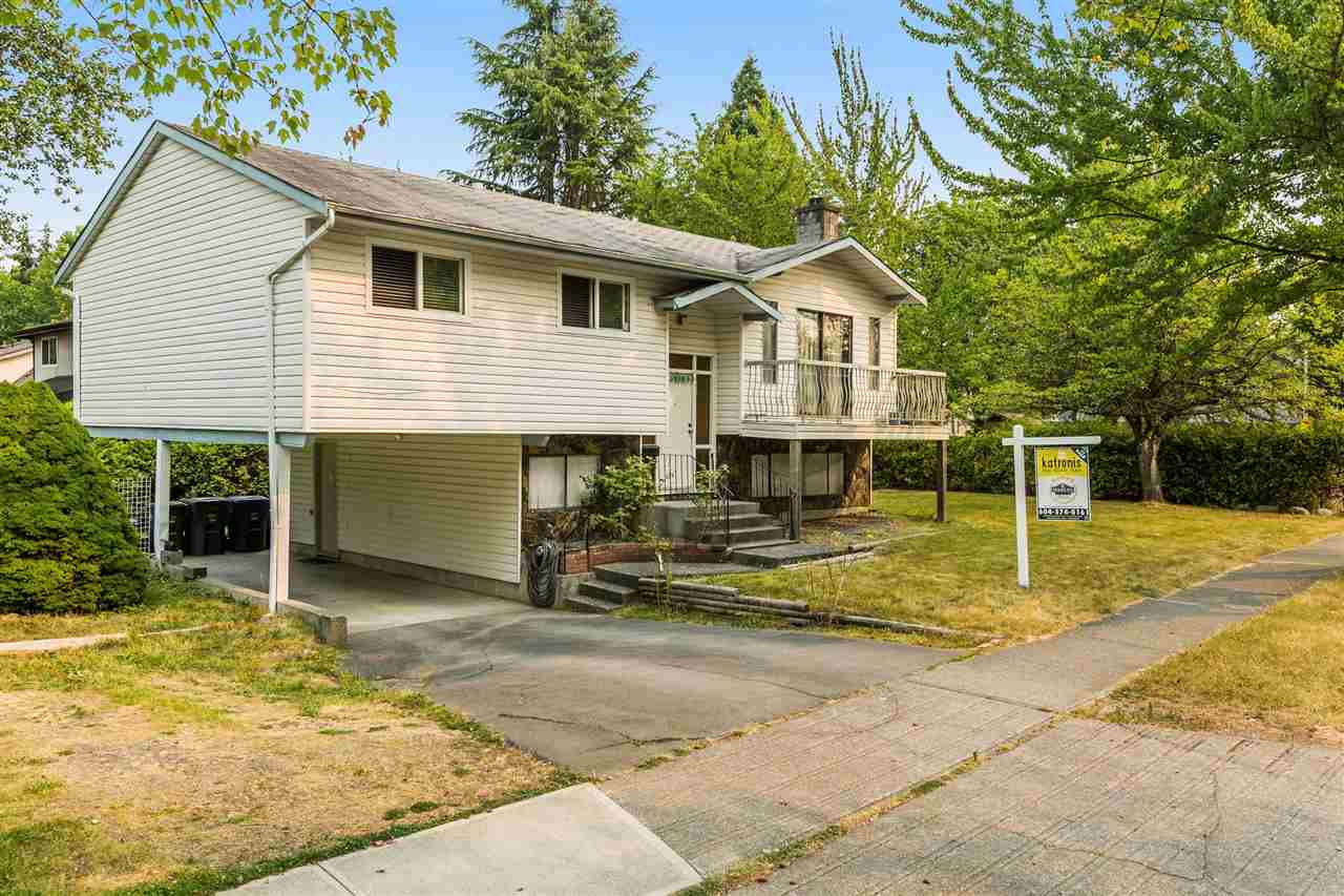 Detached at 18201 61B AVENUE, Cloverdale, British Columbia. Image 1