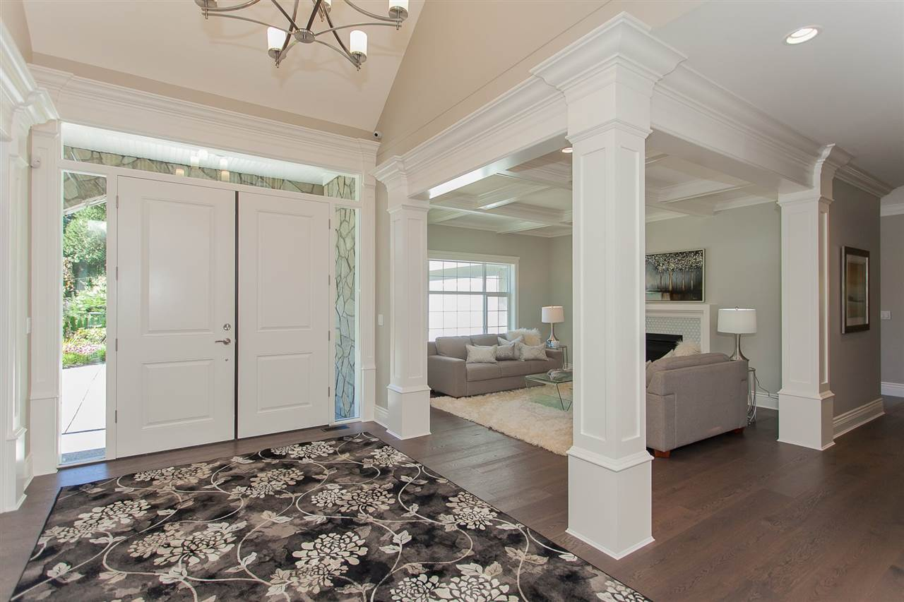 Detached at 13555 BALSAM CRESCENT, South Surrey White Rock, British Columbia. Image 3