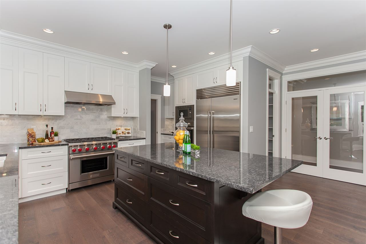 Detached at 13555 BALSAM CRESCENT, South Surrey White Rock, British Columbia. Image 6