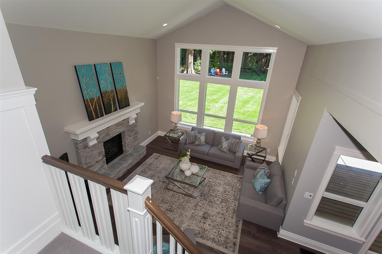 Detached at 13555 BALSAM CRESCENT, South Surrey White Rock, British Columbia. Image 12