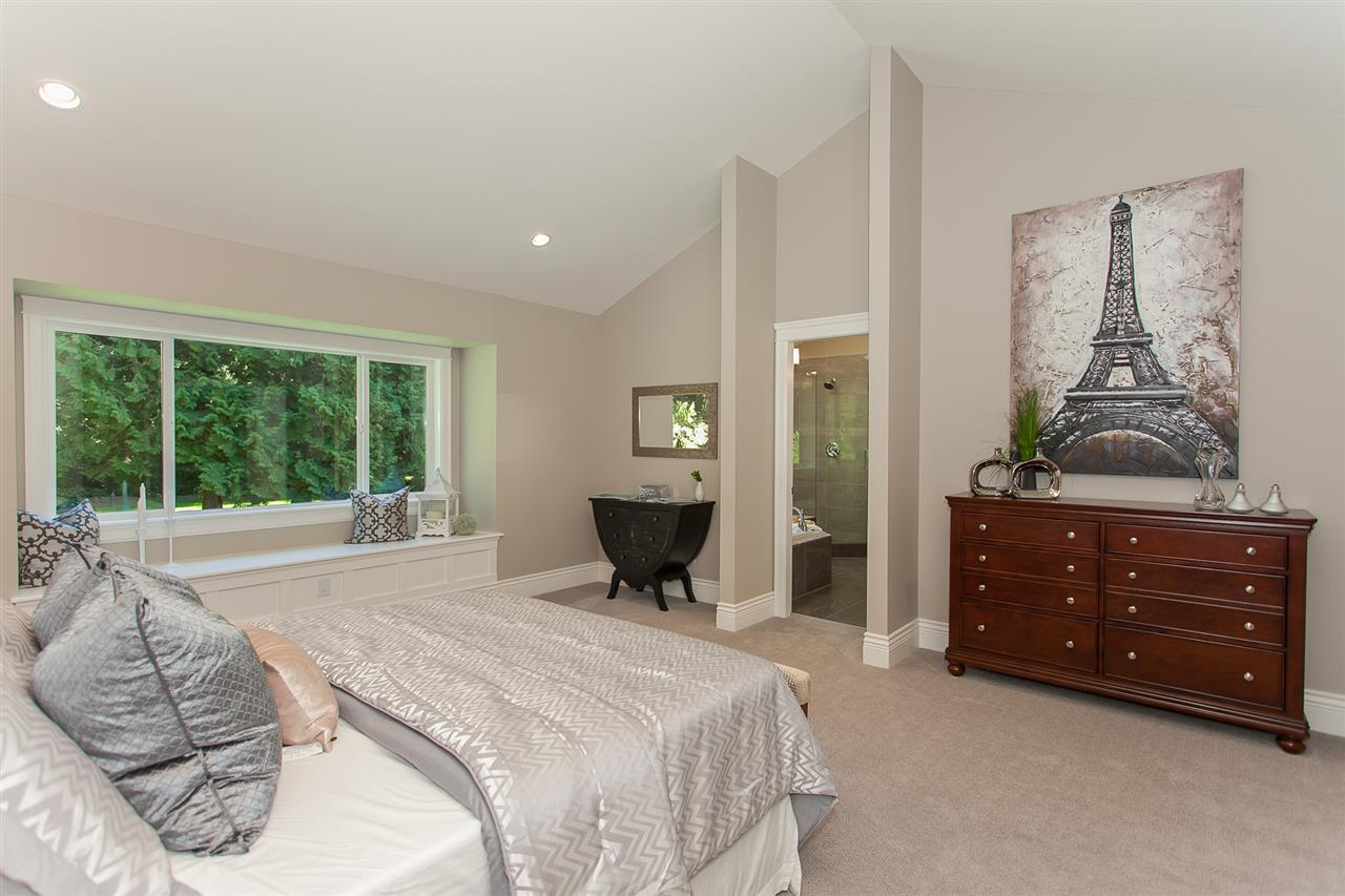 Detached at 13555 BALSAM CRESCENT, South Surrey White Rock, British Columbia. Image 13