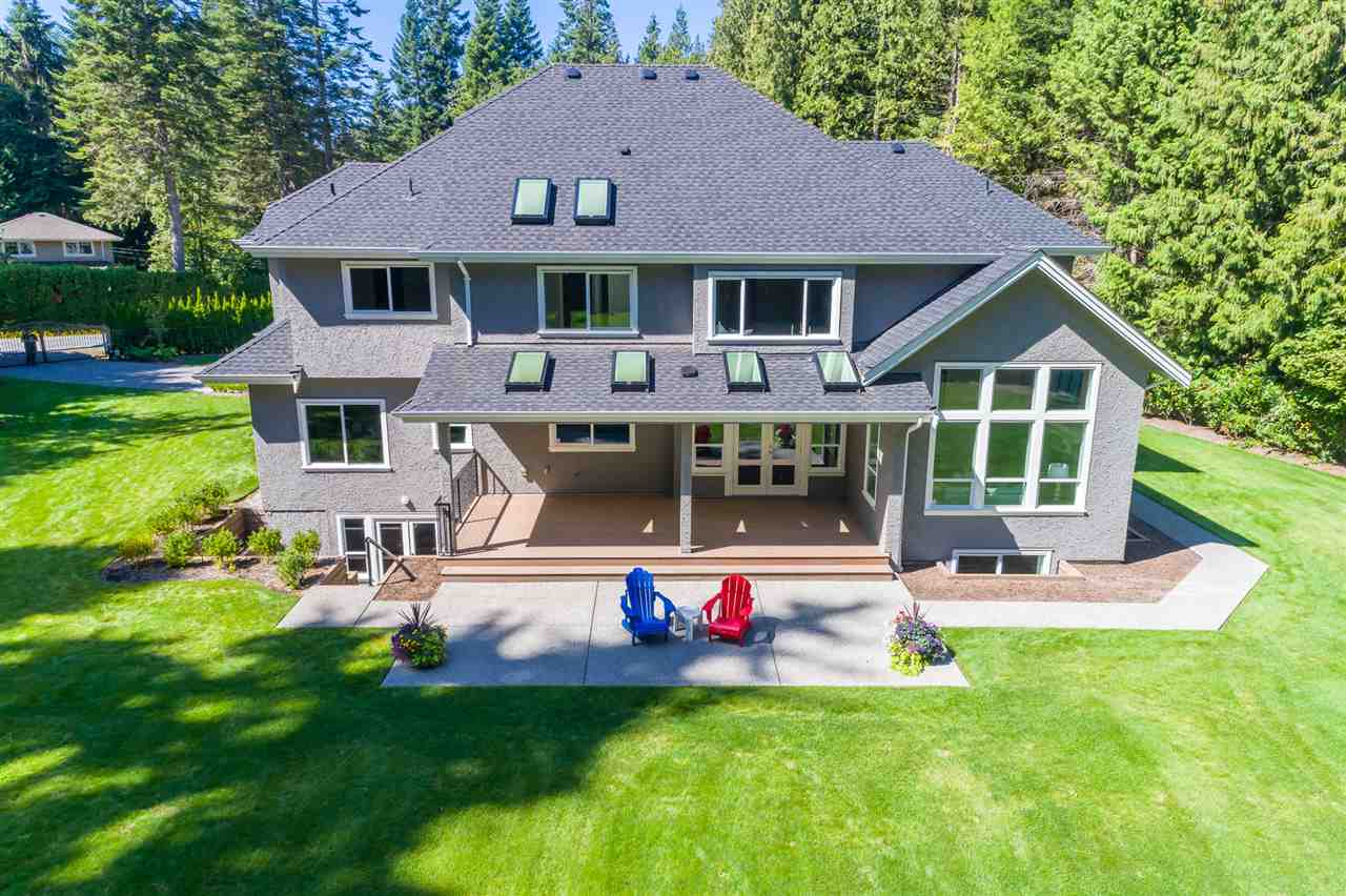 Detached at 13555 BALSAM CRESCENT, South Surrey White Rock, British Columbia. Image 18