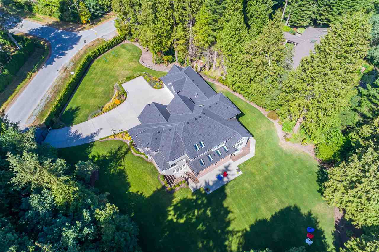Detached at 13555 BALSAM CRESCENT, South Surrey White Rock, British Columbia. Image 20