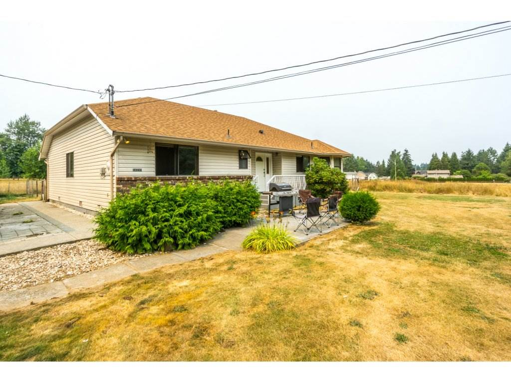 Detached at 24590 50 AVENUE, Langley, British Columbia. Image 2
