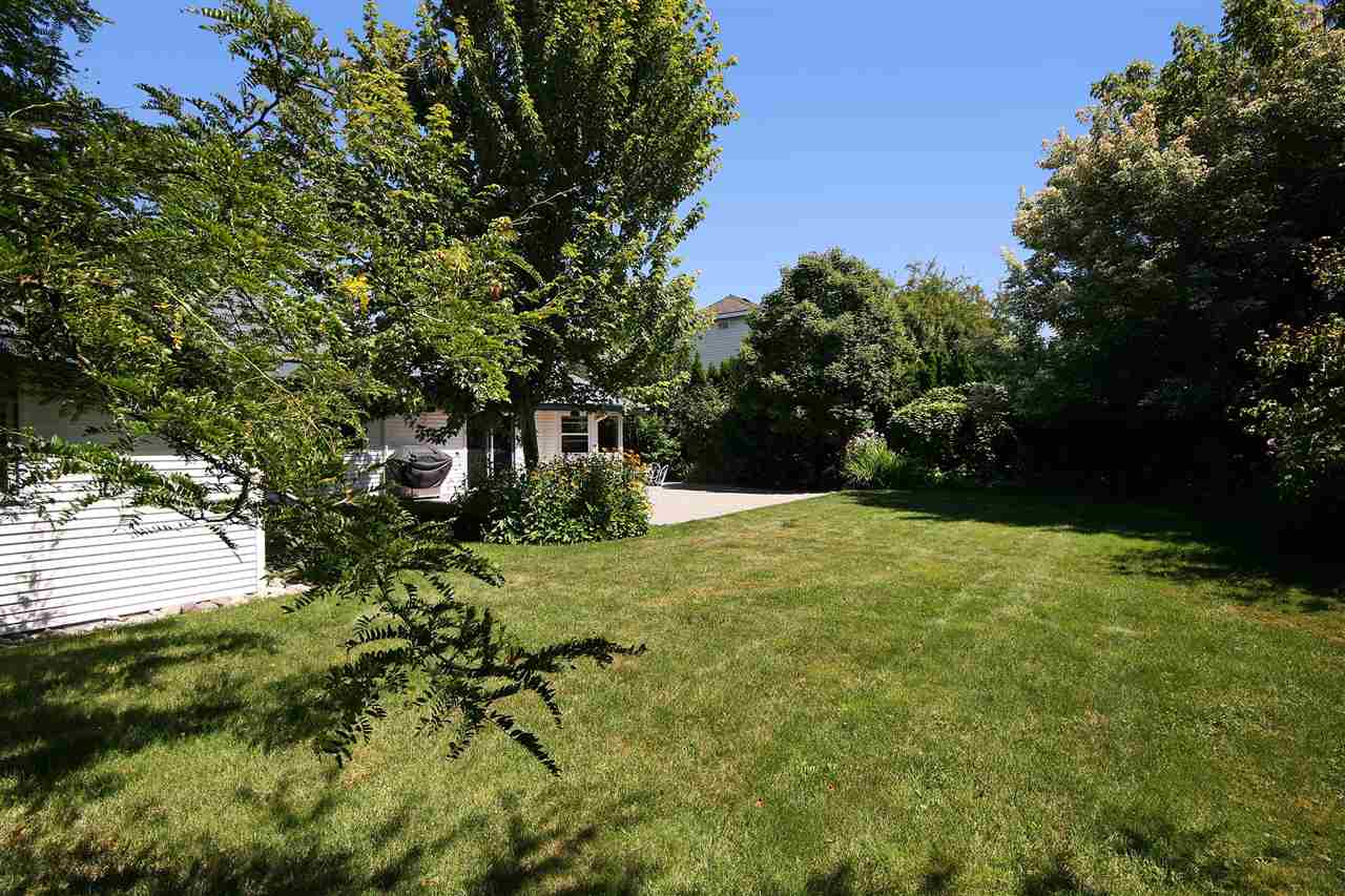 Detached at 19772 34A AVENUE, Langley, British Columbia. Image 19