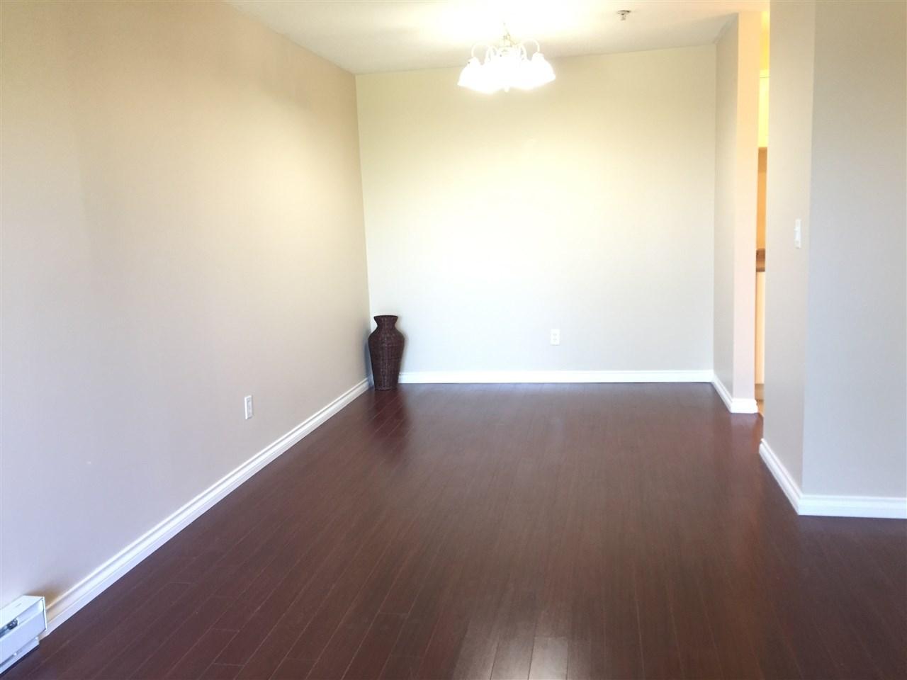 Condo Apartment at 404 13780 76 AVENUE, Unit 404, Surrey, British Columbia. Image 5