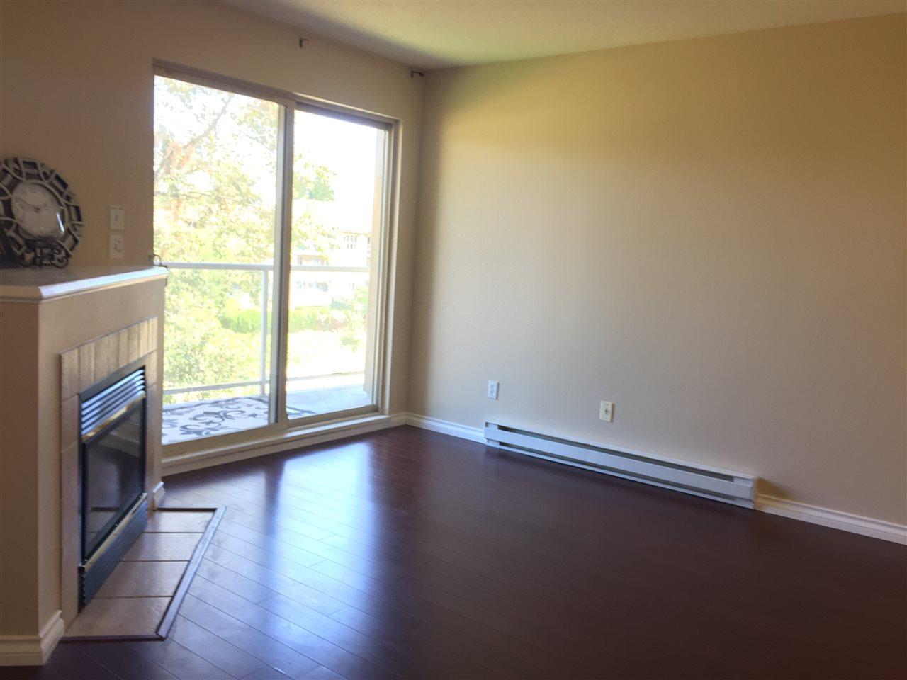 Condo Apartment at 404 13780 76 AVENUE, Unit 404, Surrey, British Columbia. Image 6