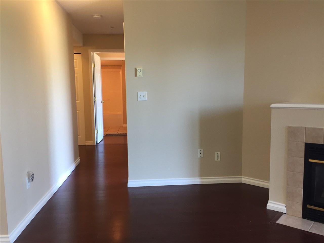 Condo Apartment at 404 13780 76 AVENUE, Unit 404, Surrey, British Columbia. Image 7