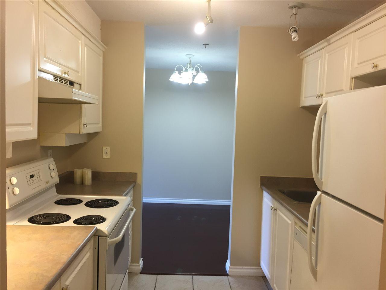 Condo Apartment at 404 13780 76 AVENUE, Unit 404, Surrey, British Columbia. Image 9