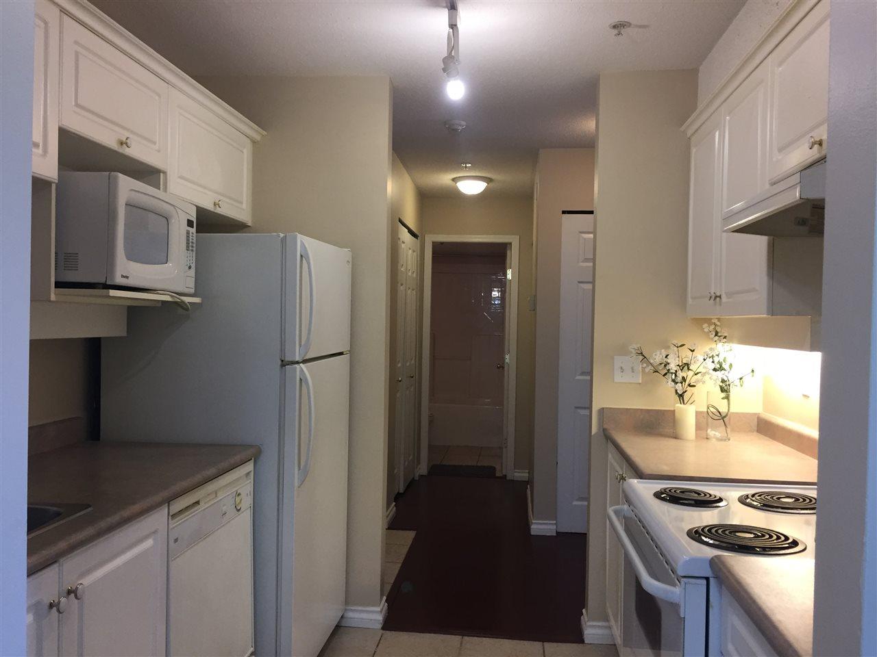 Condo Apartment at 404 13780 76 AVENUE, Unit 404, Surrey, British Columbia. Image 10
