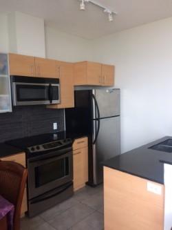 Condo Apartment at 2109 13399 104 AVENUE, Unit 2109, North Surrey, British Columbia. Image 8