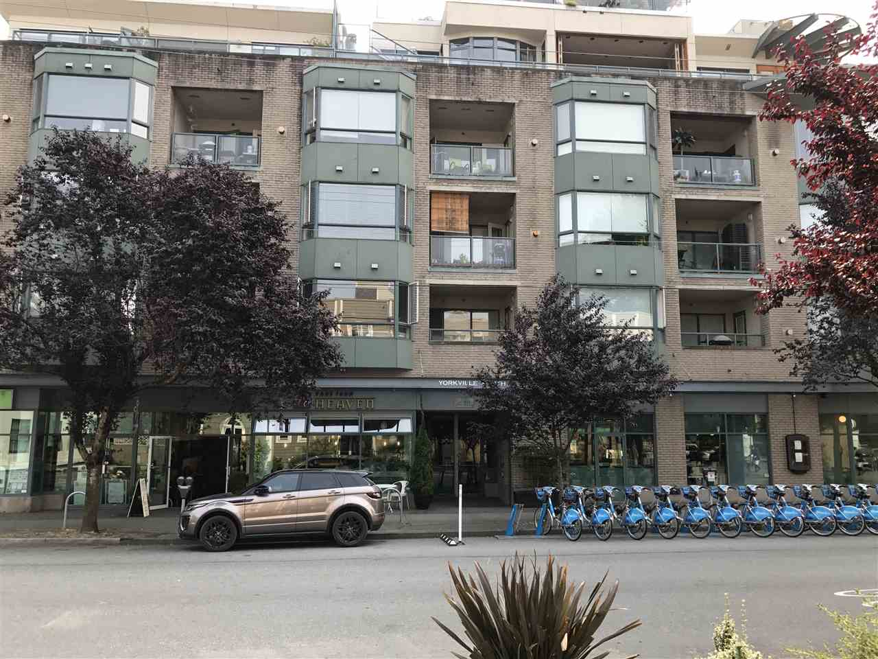 Condo Apartment at 501 1688 CYPRESS STREET, Unit 501, Vancouver West, British Columbia. Image 1