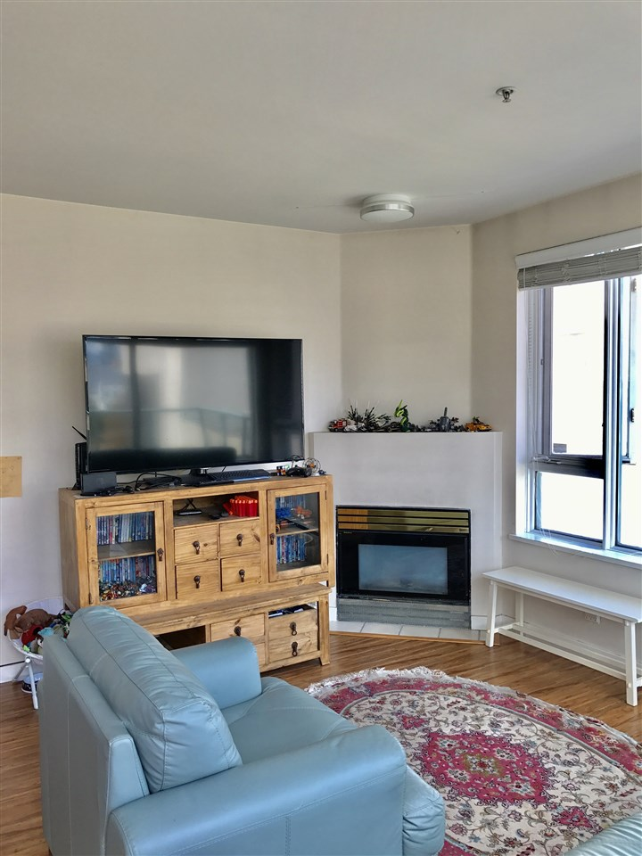 Condo Apartment at 501 1688 CYPRESS STREET, Unit 501, Vancouver West, British Columbia. Image 3