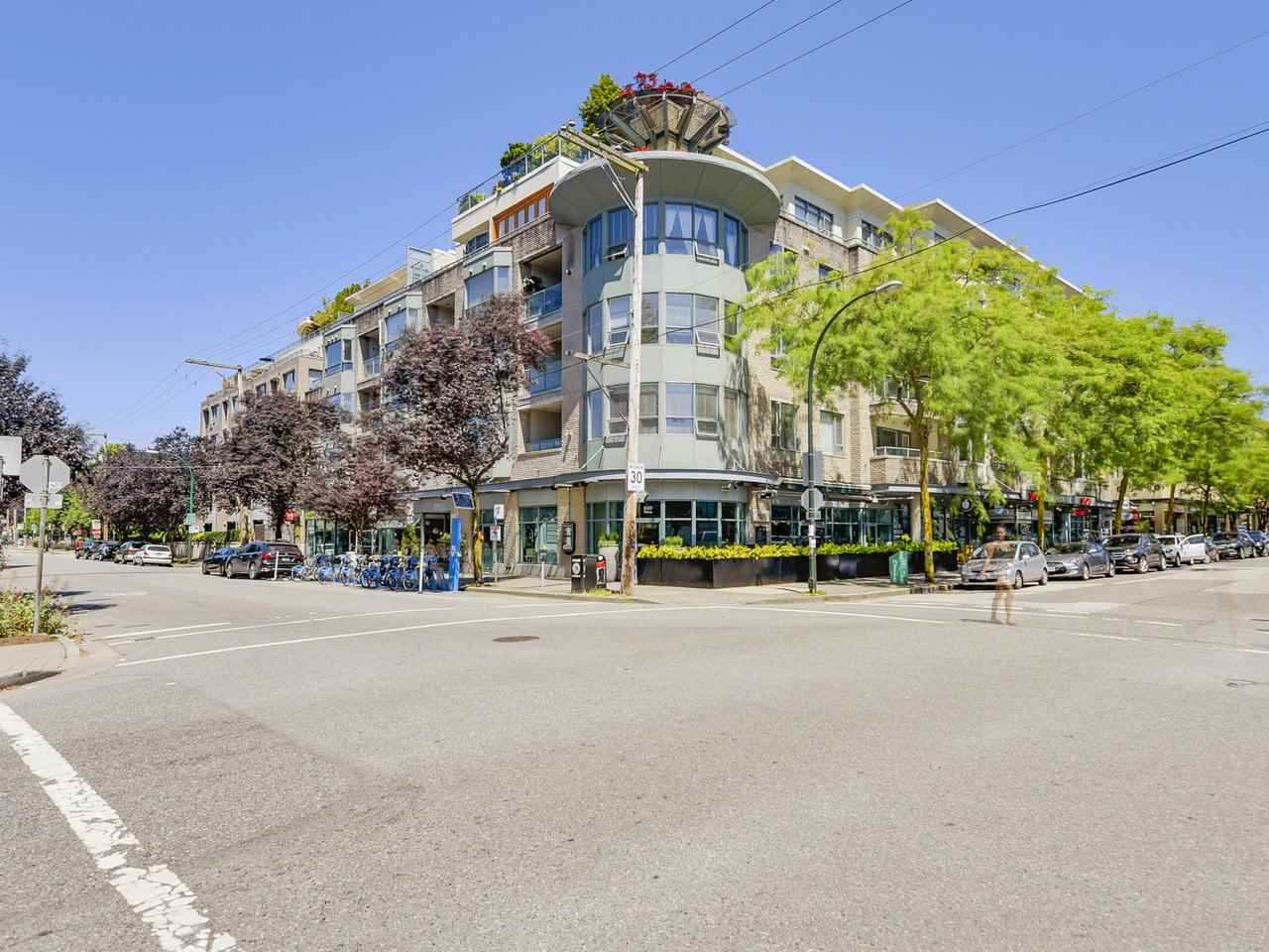 Condo Apartment at 501 1688 CYPRESS STREET, Unit 501, Vancouver West, British Columbia. Image 12