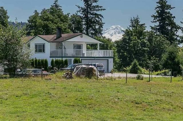 Detached at 3857 ABBOTSFORD MISSION HIGHWAY, Abbotsford, British Columbia. Image 10