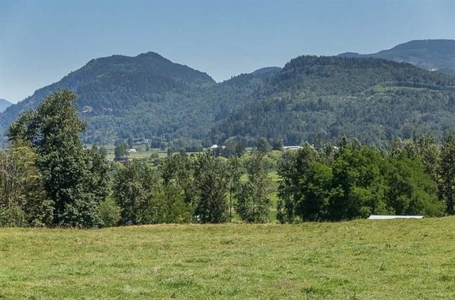 Detached at 3857 ABBOTSFORD MISSION HIGHWAY, Abbotsford, British Columbia. Image 11
