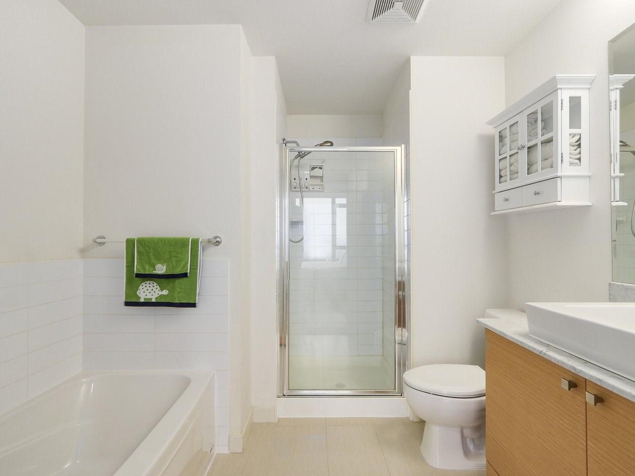 Condo Apartment at 1606 110 BREW STREET, Unit 1606, Port Moody, British Columbia. Image 13