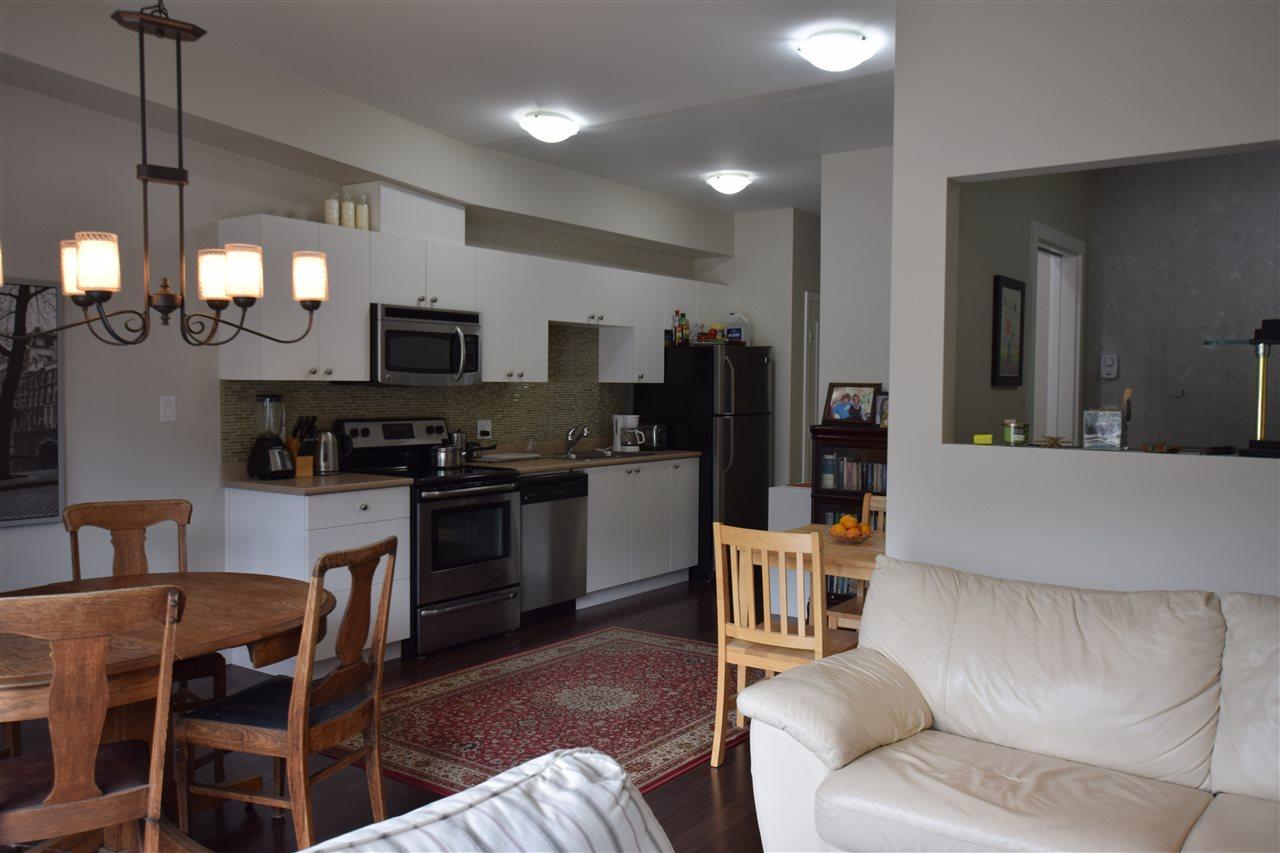 Condo Apartment at 403 38142 CLEVELAND AVENUE, Unit 403, Squamish, British Columbia. Image 2