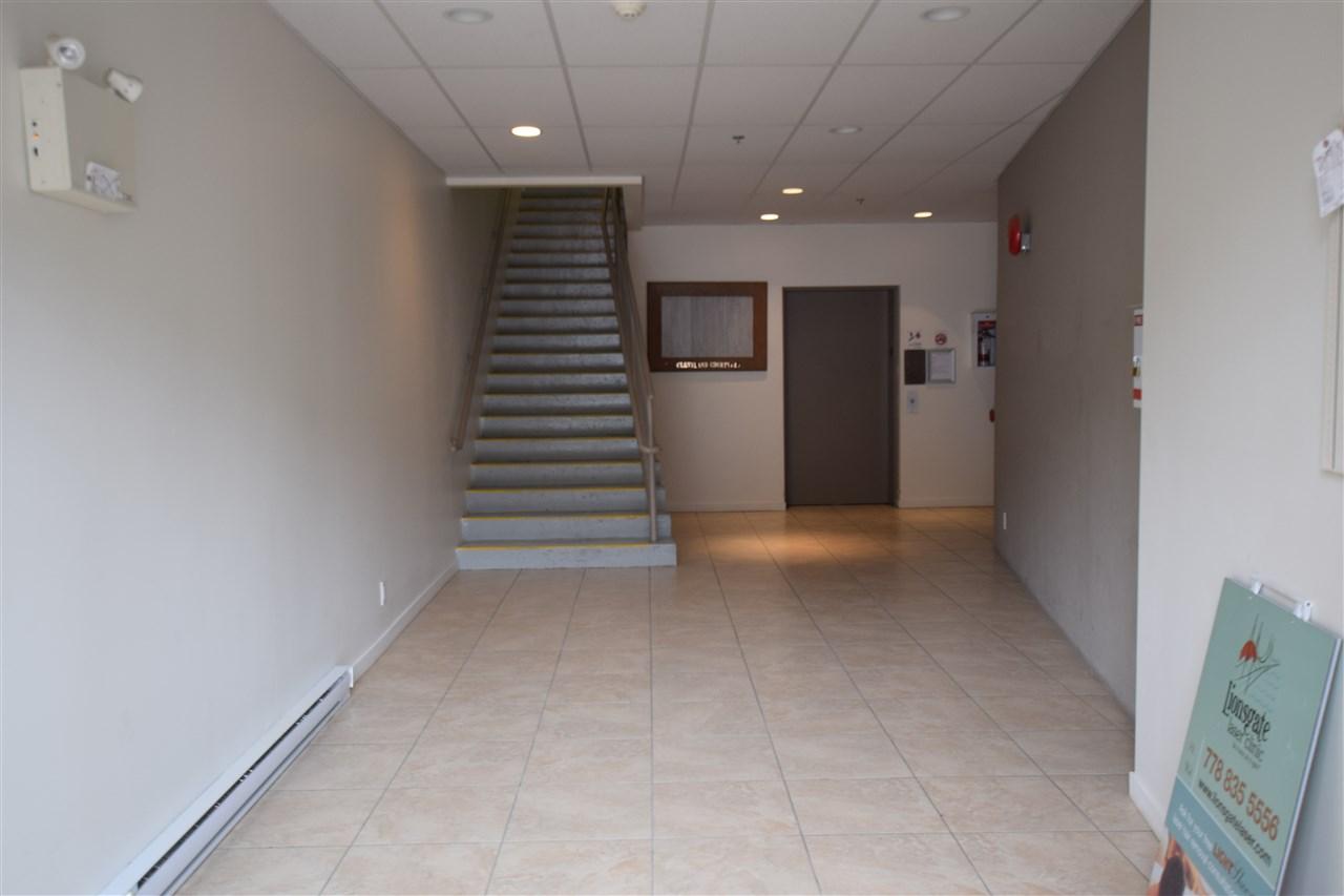 Condo Apartment at 403 38142 CLEVELAND AVENUE, Unit 403, Squamish, British Columbia. Image 8
