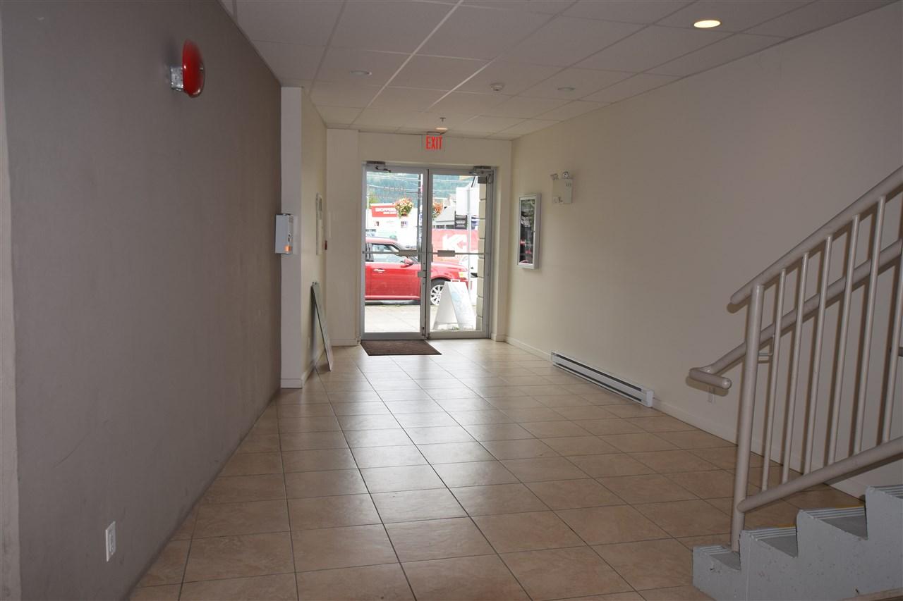 Condo Apartment at 403 38142 CLEVELAND AVENUE, Unit 403, Squamish, British Columbia. Image 9