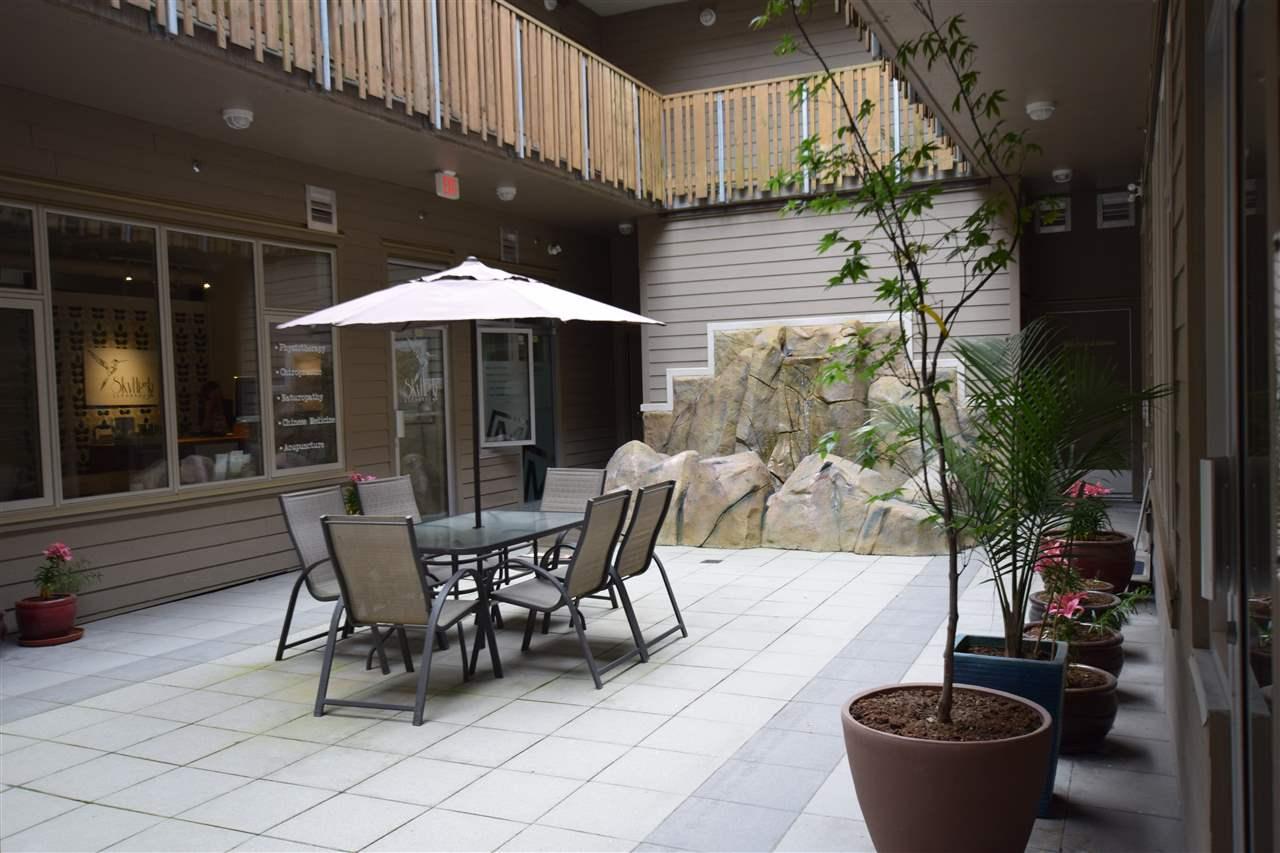 Condo Apartment at 403 38142 CLEVELAND AVENUE, Unit 403, Squamish, British Columbia. Image 10
