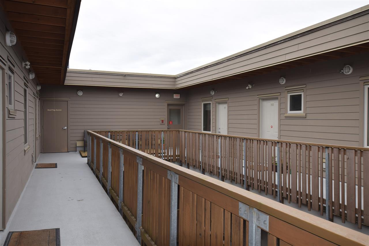 Condo Apartment at 403 38142 CLEVELAND AVENUE, Unit 403, Squamish, British Columbia. Image 13