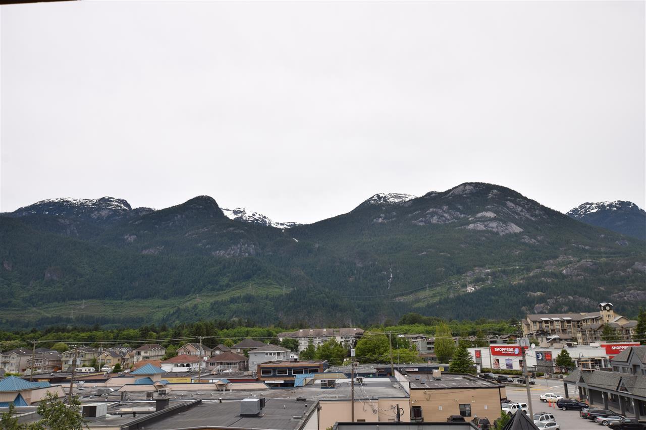 Condo Apartment at 403 38142 CLEVELAND AVENUE, Unit 403, Squamish, British Columbia. Image 18
