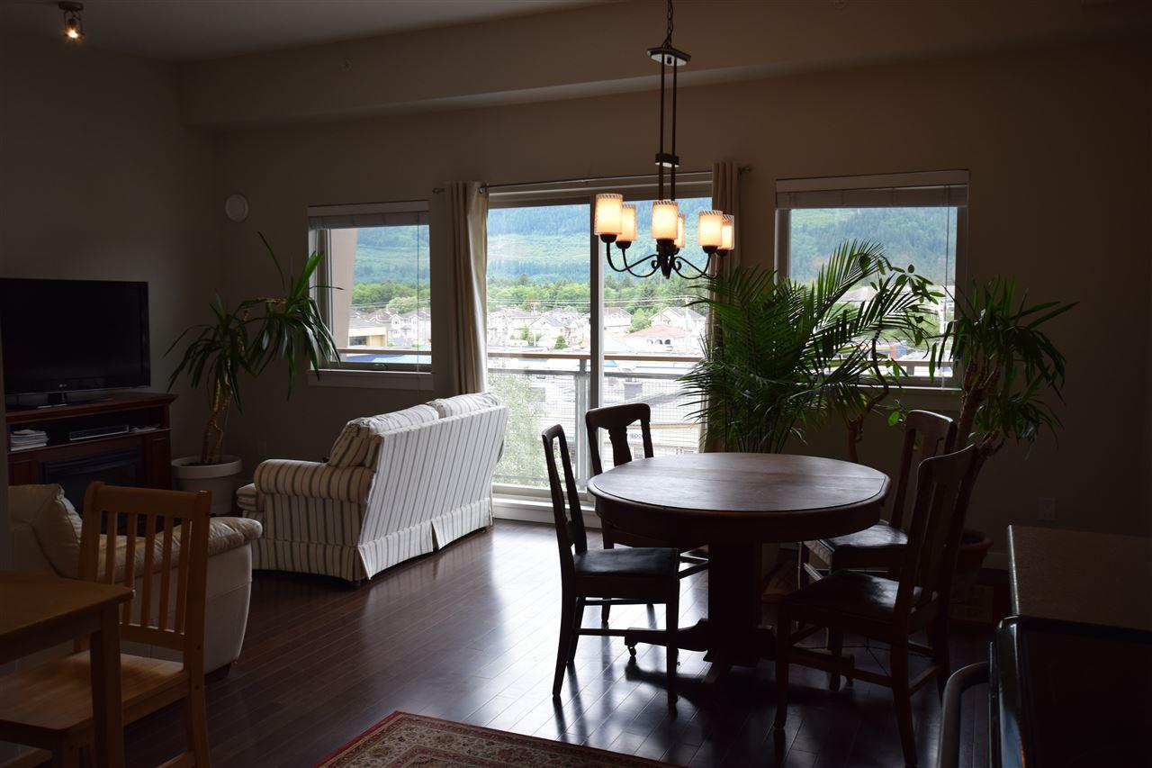 Condo Apartment at 403 38142 CLEVELAND AVENUE, Unit 403, Squamish, British Columbia. Image 19