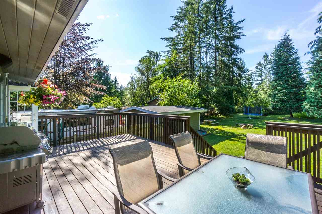 Detached at 19940 46 AVENUE, Langley, British Columbia. Image 16